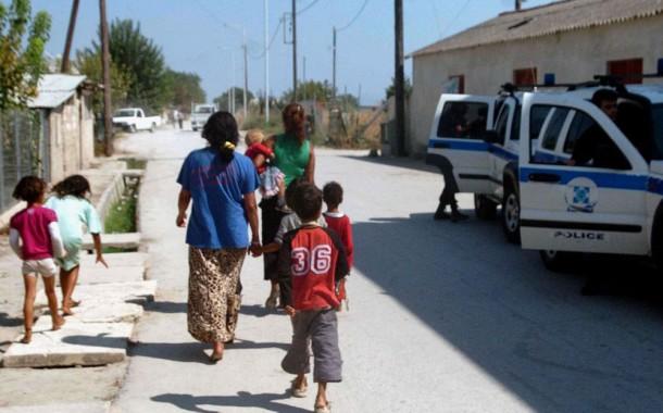 Οι Ρομά φεύγουν, οι μηνύσεις έρχονται