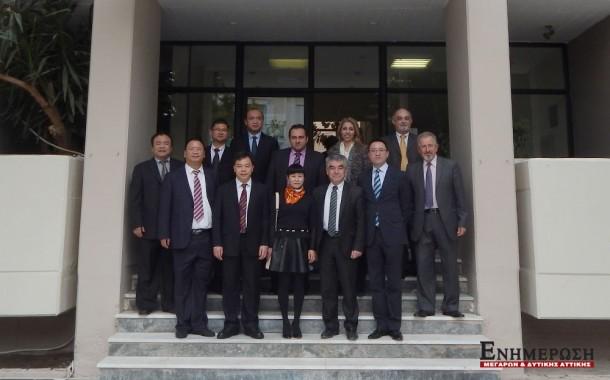 Κινέζοι επισκέπτες στα Μέγαρα