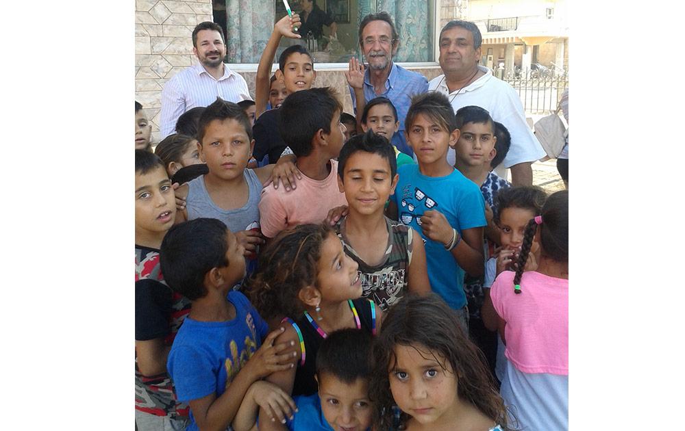 Ρομά: Ενθάρρυνση για το σχολείο