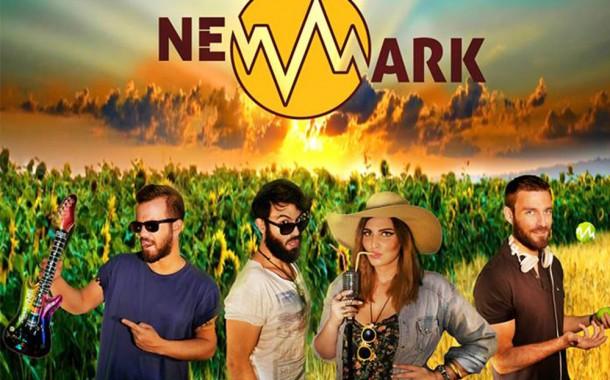 Newmark live στη