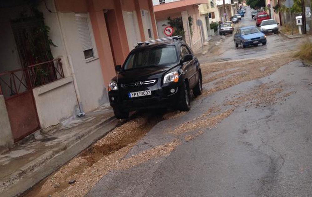 Αγκομαχούν τα αυτοκίνητα στις λακούβες