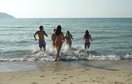 Καθαρές οι παραλίες ανακοινώνει ο Δήμος Μεγαρέων