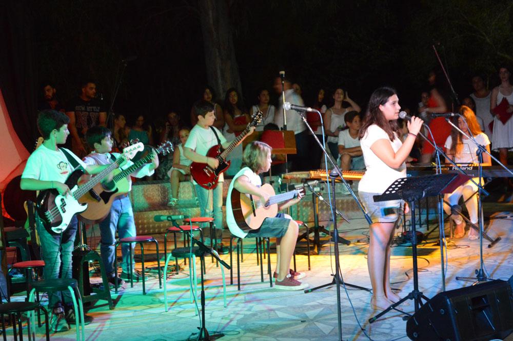 musicart0407-12