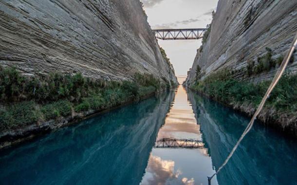 Πρώτη φορά κολυμβητικός διάπλους στον Ισθμό της Κορίνθου