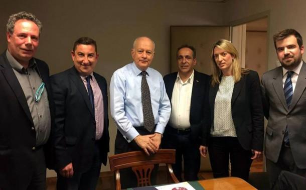 Συνάντηση Ενώσεων Τύπου με τον Υπουργό Οικονομίας Ανάπτυξης & Τουρισμού Δ. Παπαδημητρίου