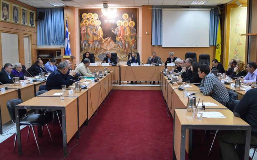 Δημοτικό Συμβούλιο Μεγάρων: Ιχθυοκαλλιέργειες και διαχείριση αποβλήτων με το Δήμο Μάνδρας-Ειδυλλίας
