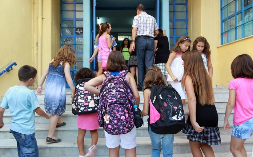 Αγρυπνία για τις εξετάσεις των μαθητών