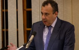 Ο Χρήστος Χωμενίδης στη Λέσχη Ανάγνωσης της Δημοτικής Βιβλιοθήκης Μεγάρων