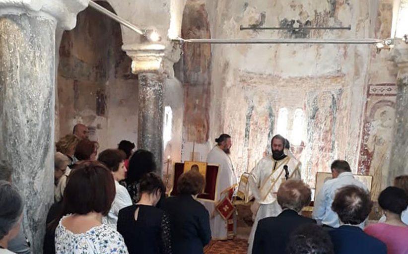 Λειτουργία στο ιστορικό εξωκλήσι του Χριστού στον κάμπο