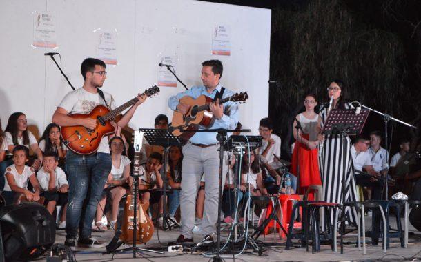 """Συναυλία των μαθητών της μουσικής σχολής του Σπύρου Παπανικόλα """"Music Art School"""""""