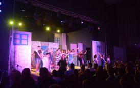 Ακόμα μια παράσταση για το Mamma mia! στο Στρατουδάκειο