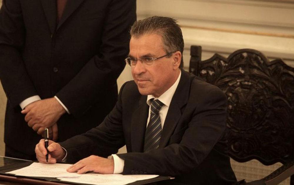 Δηλώσεις υπουργού εσωτερικών: «Oι Ρομά θα πάνε στα Μέγαρα»