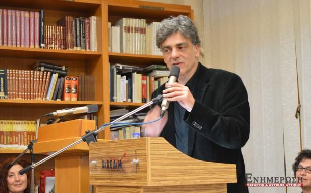 O συγγραφέας Μηνάς Βιντιάδης μιλά στη Δημ. Βιβλιοθήκη(βίντεο)