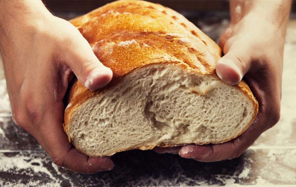 Βοήθεια με τρόφιμα σε άπορους
