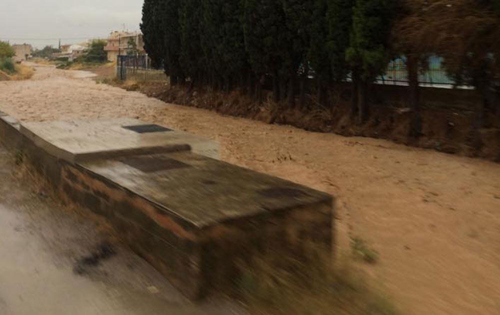Πλημμύρες και ατυχήματα