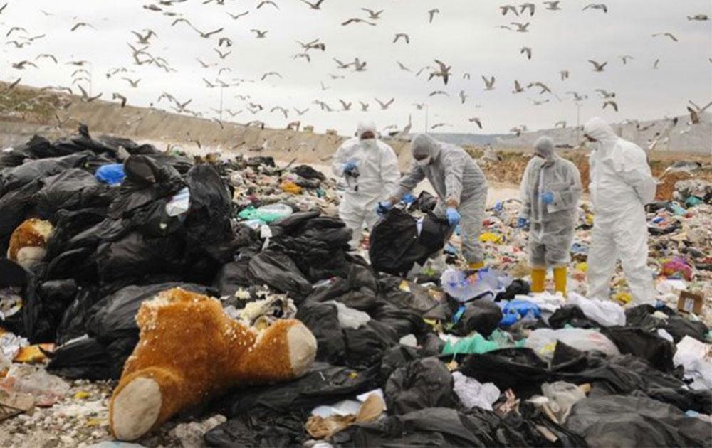 Αργότερα μαζεύουν τα σκουπίδια
