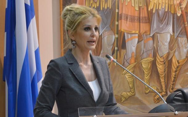 Η Έλενα Ράπτη μίλησε για την παιδική σεξουαλική κακοποίηση