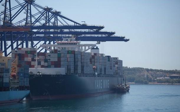 Εμπορικό Λιμάνι στη Βαρέα;