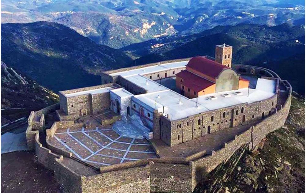 Προσκυνηματική εκδρομή στη Μονή Παναγίας Γιάτρισσας στη Μάνη
