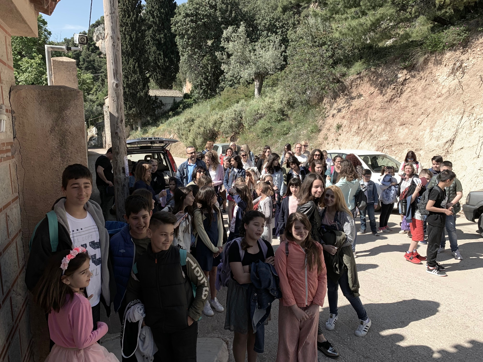 Eκδρομή λήξεως σχολικής χρονιάς των Κατηχητικών συντροφιών Ενορίας Αγίου Γεωργίου Νέας Περάμου
