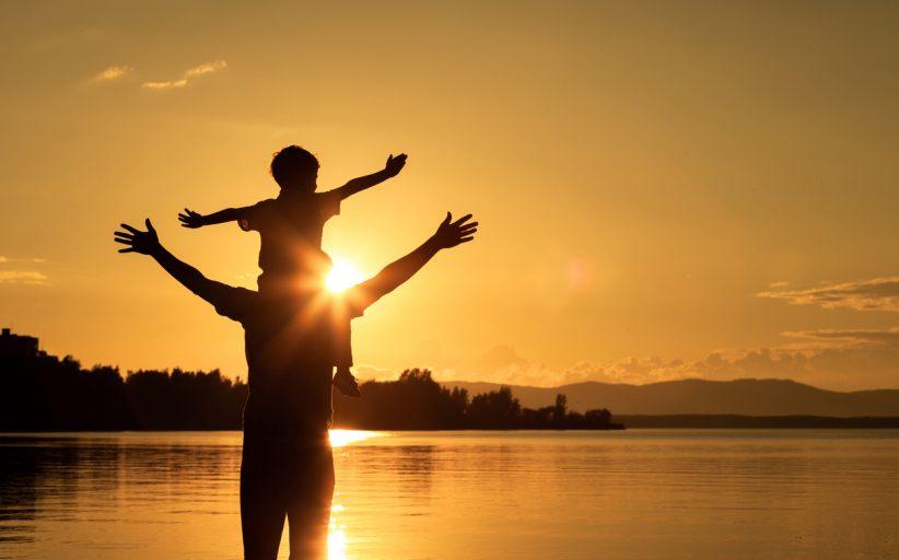 Ο σπουδαίος ρόλος του πατέρα στη ζωή του παιδιού και η νέα γενιά μπαμπάδων