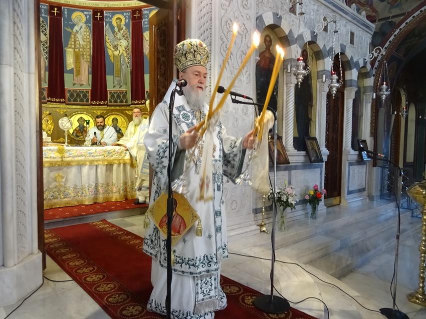 Θ. Λειτουργία στον Καθεδρικό Ι. Ναό Αποστόλου Παύλου στην Κόρινθο
