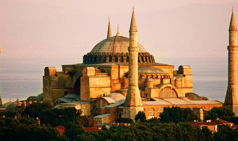 Η απόφαση Ερντογάν για την Αγία Σοφία, βεβήλωση της παγκόσμιας ιστορικής μνήμης