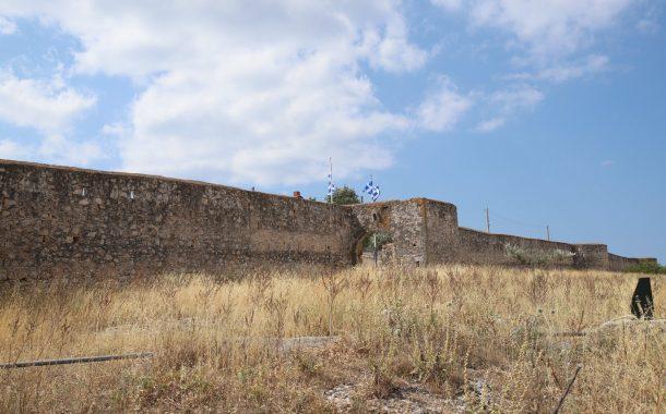 Συνάντηση για την ανάδειξη του τείχους της Αγίας Τριάδας